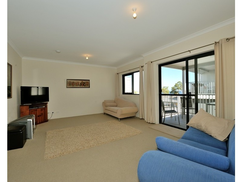 88/21 Rockingham Beach Road, Rockingham WA 6168