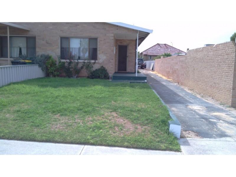 28 B Thorpe Street, Rockingham WA 6168