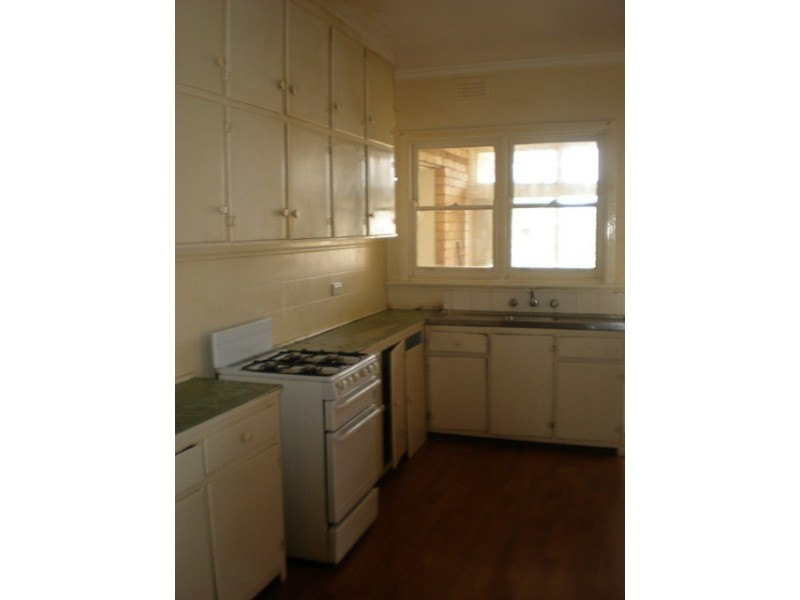 18 Suvla Grove, Coburg North VIC 3058