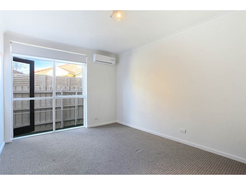 3/319 Buckley Street, Aberfeldie VIC 3040