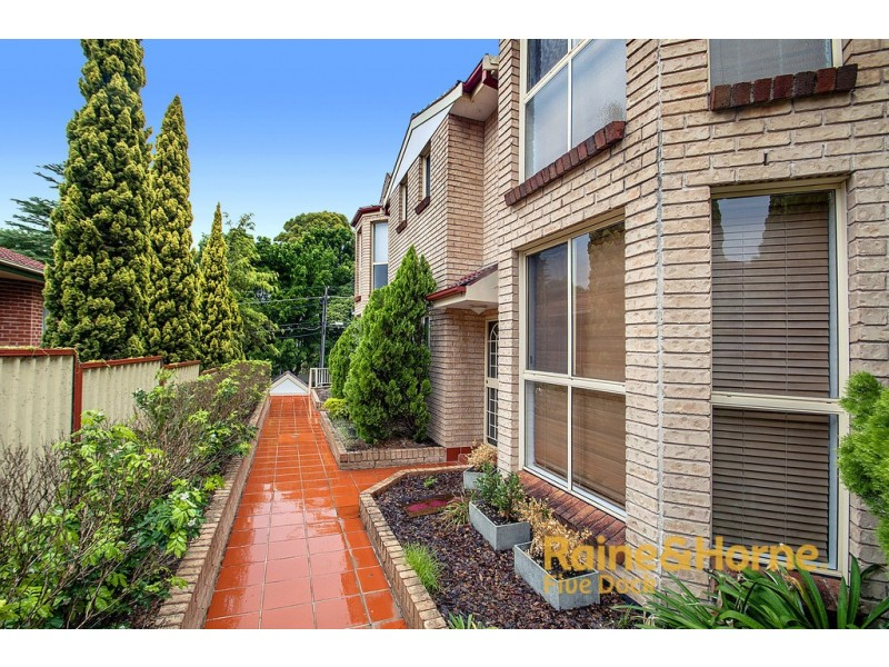 2/11 Walton Crescent, Abbotsford NSW 2046