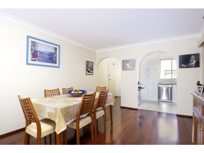 2/60 St Albans st, Abbotsford NSW 2046