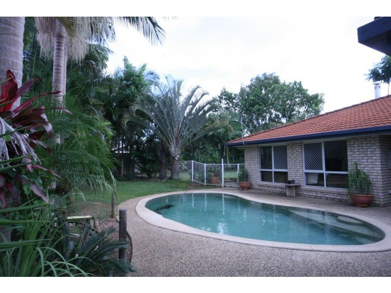 37 Pearsons Road, Cooroy QLD 4563