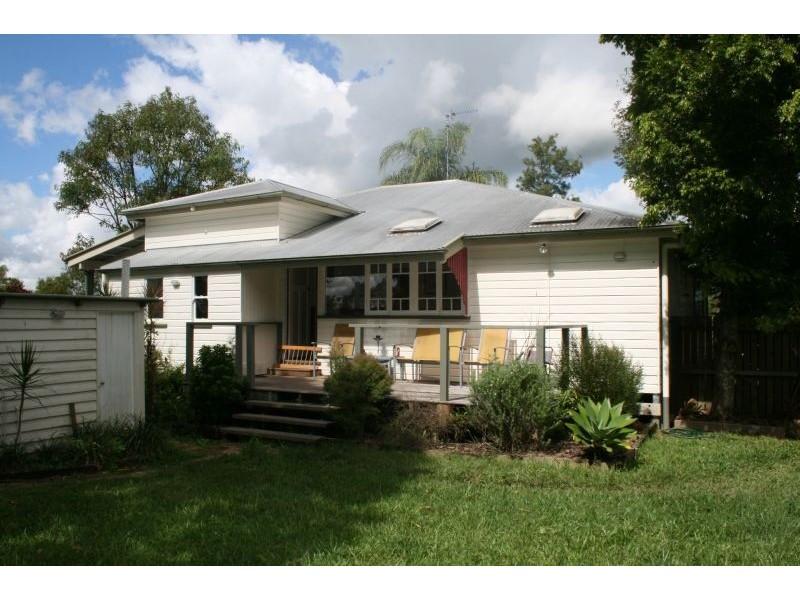 15 Crystal Street, Cooroy QLD 4563