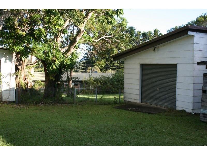 69 Maple Street, Cooroy QLD 4563