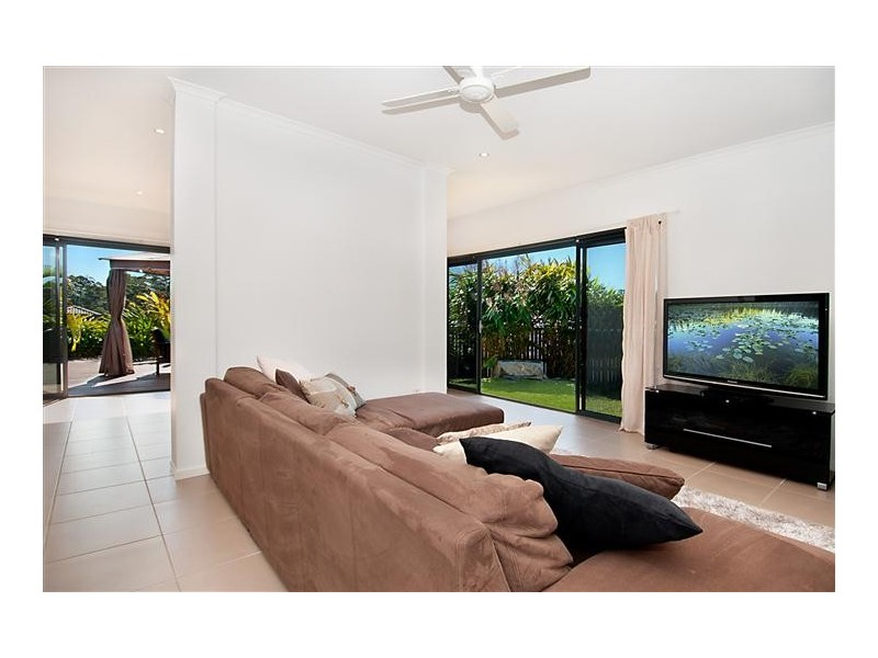 6 Viola Place, Cooroy QLD 4563