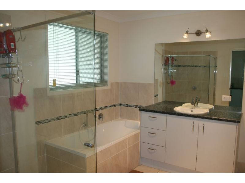 19 Flooded Gum Place, Cooroy QLD 4563