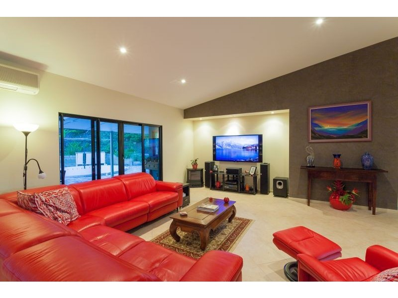 27 Flooded Gum Place, Black Mountain QLD 4563