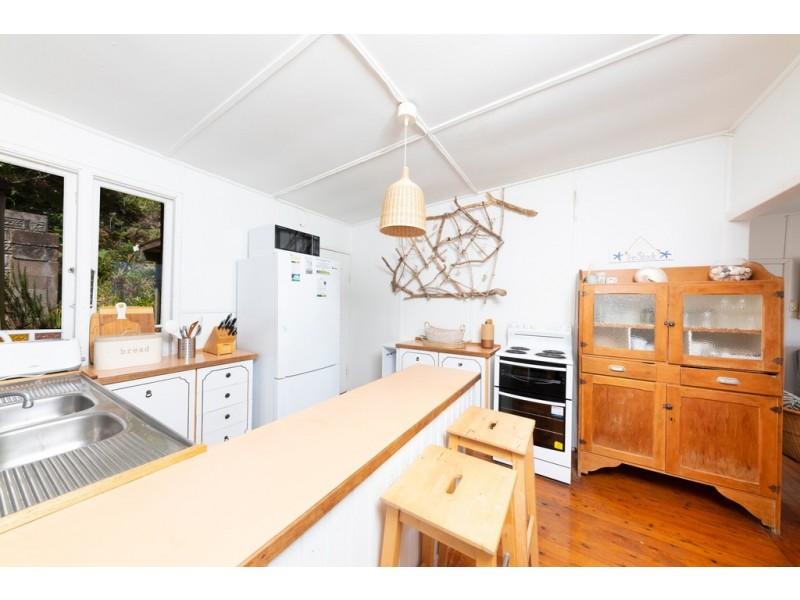 38 Kinka Road, Seal Rocks NSW 2423