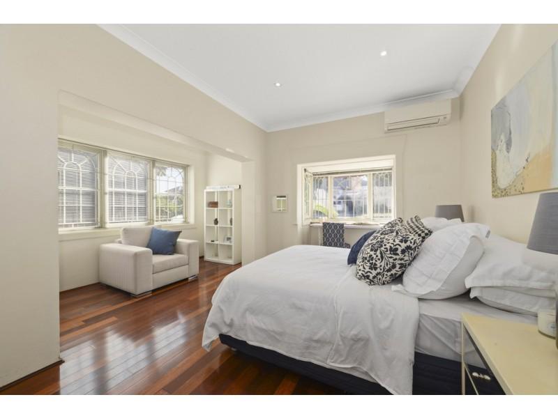 19 Stewart Street, North Bondi NSW 2026