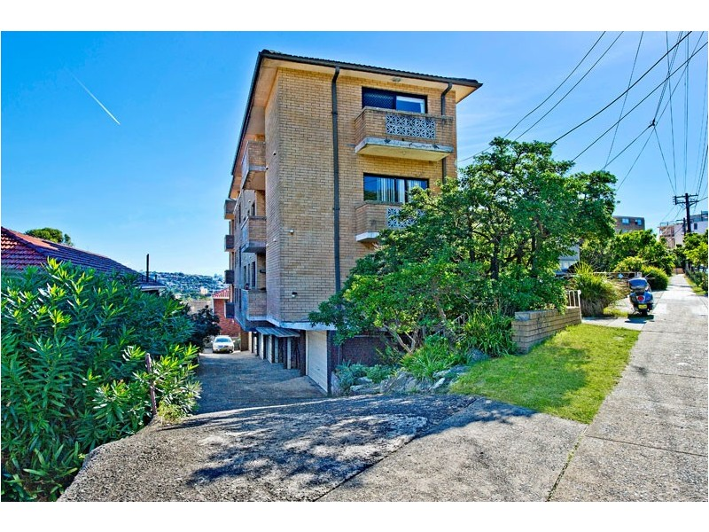 2/38 Military Road, North Bondi NSW 2026