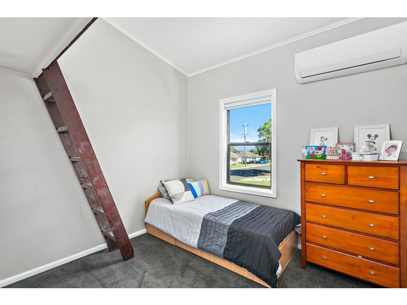6 Rowley Avenue, Mount Warrigal NSW 2528