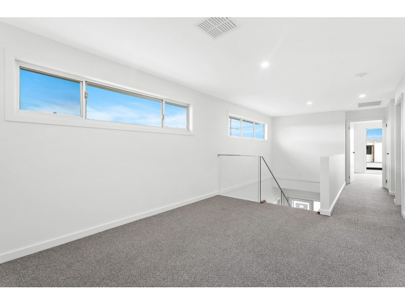 7 Mast Way, Shell Cove NSW 2529
