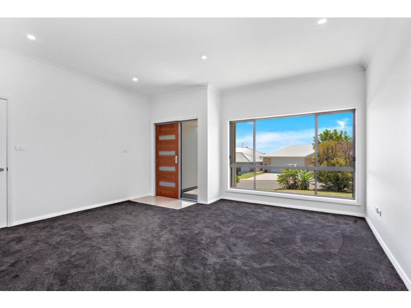 40 Shallows Drive, Shell Cove NSW 2529
