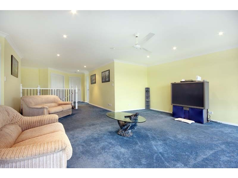 88 Lake Entrance Road, Oak Flats NSW 2529