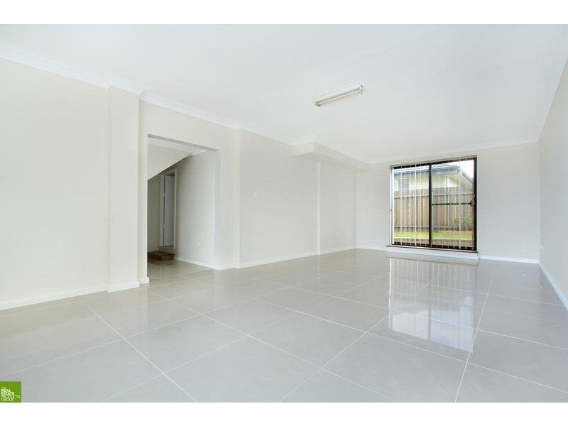 28 Captain Cook Drive, Barrack Heights NSW 2528