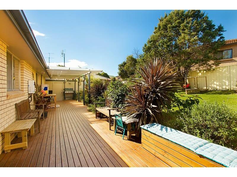 55 Loftus Drive, Barrack Heights NSW 2528