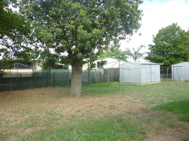 12 Fay Street, Blackwater QLD 4717