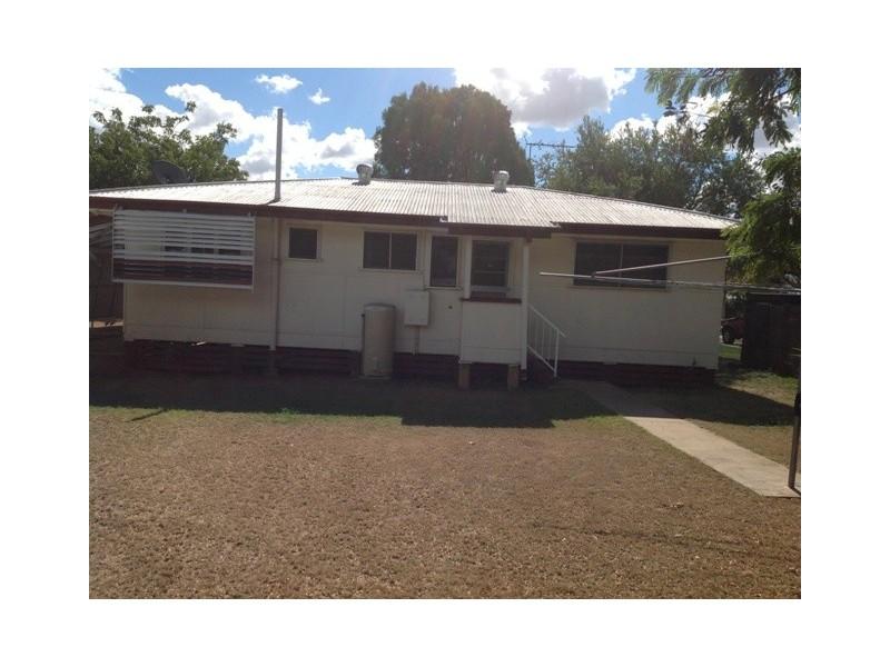 14  Seeman Street, Blackwater QLD 4717