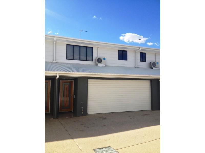 4/16 Bauman Way, Blackwater QLD 4717