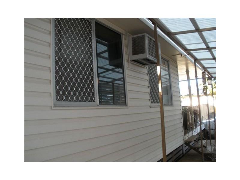 40 Acacia Street, Blackwater QLD 4717