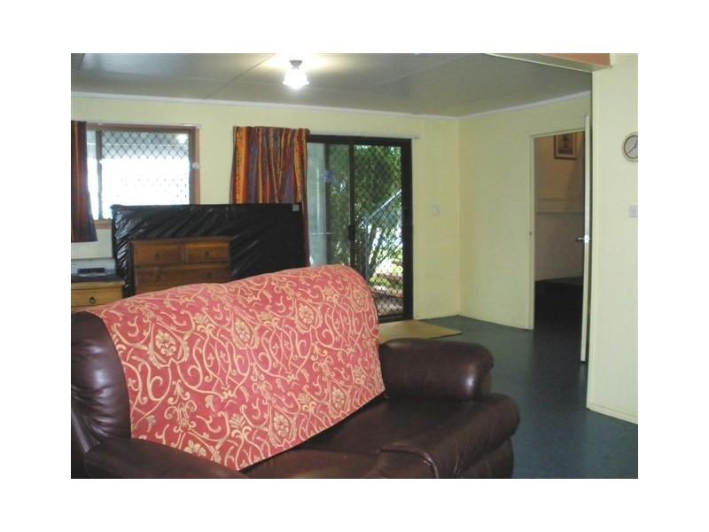 18 Lawless Street, Blackwater QLD 4717
