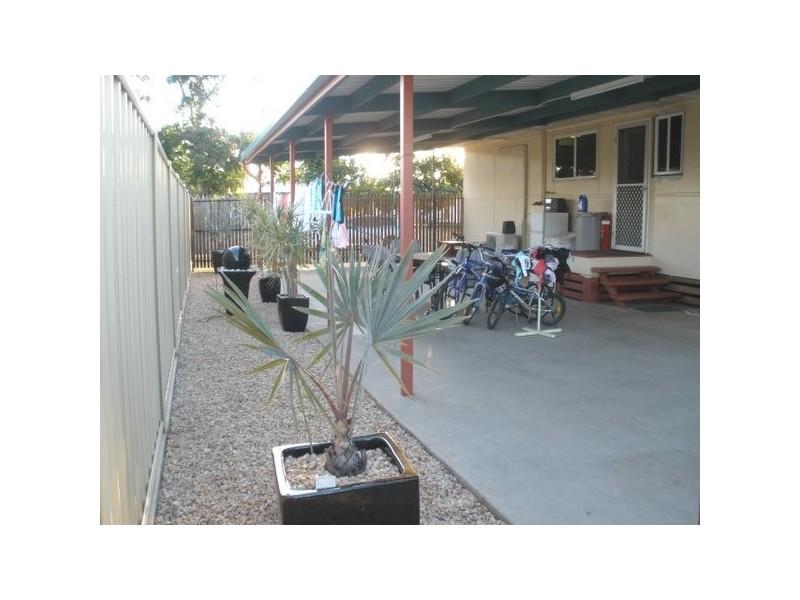 3 Long Street, Blackwater QLD 4717
