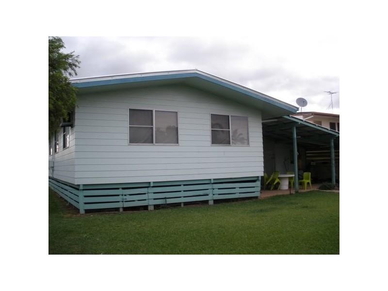 16 Stower Street, Blackwater QLD 4717
