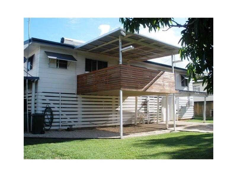28 Wattle Street, Blackwater QLD 4717