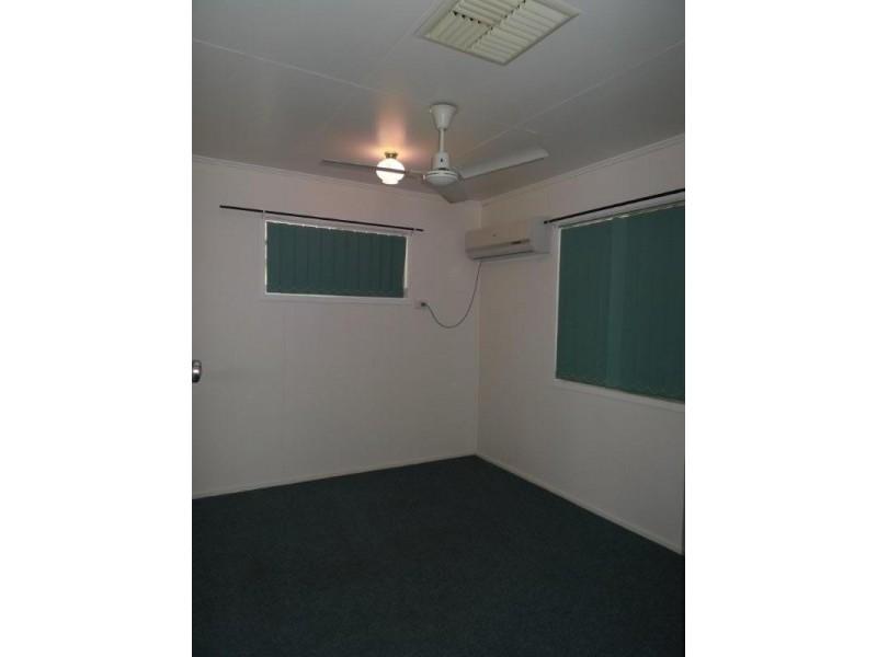16 Boronia Street, Blackwater QLD 4717