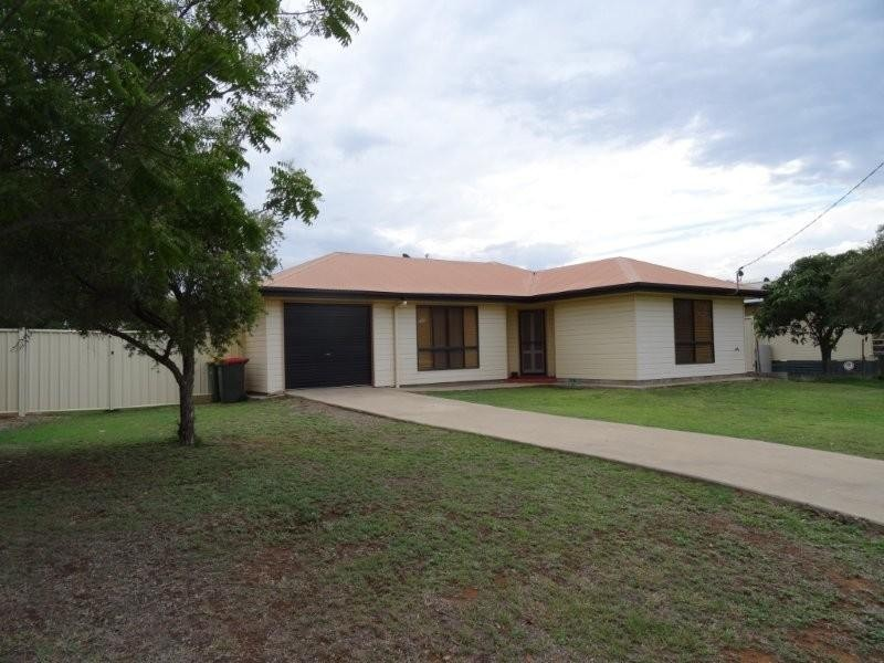 66 Littlefield Street, Blackwater QLD 4717