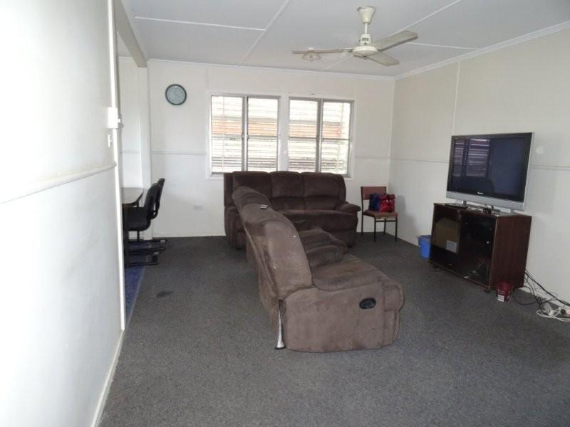 15 Fay Street, Blackwater QLD 4717