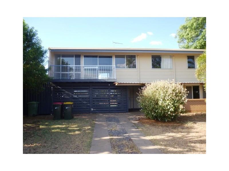 44 Stower Street, Blackwater QLD 4717