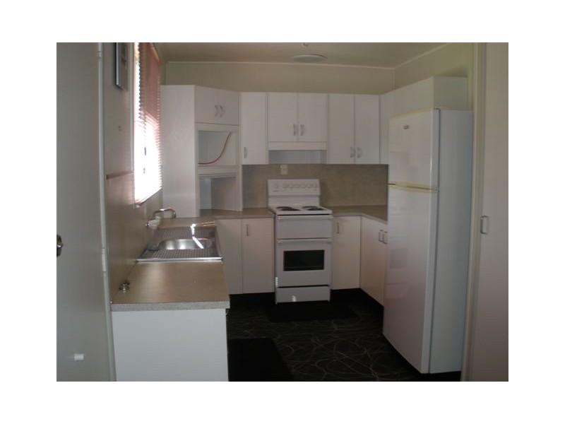 24 Doon Street, Blackwater QLD 4717