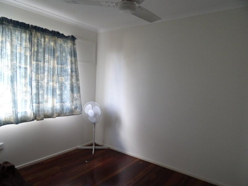 12 Bluff Street, Blackwater QLD 4717