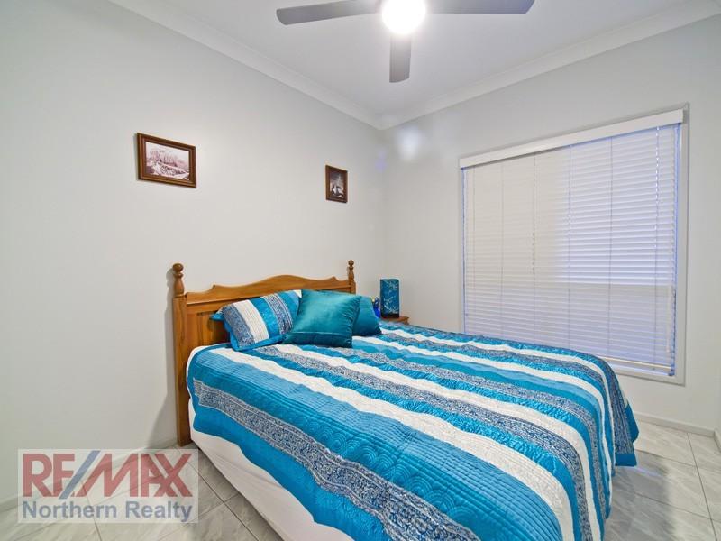 12 Allamanda Crescent, Albany Creek QLD 4035