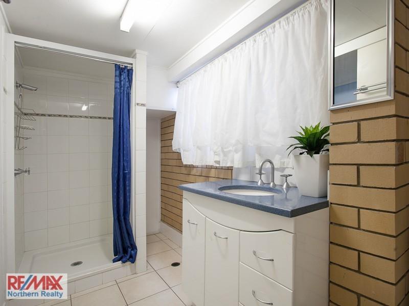 11 Rossett Street, Chermside West QLD 4032