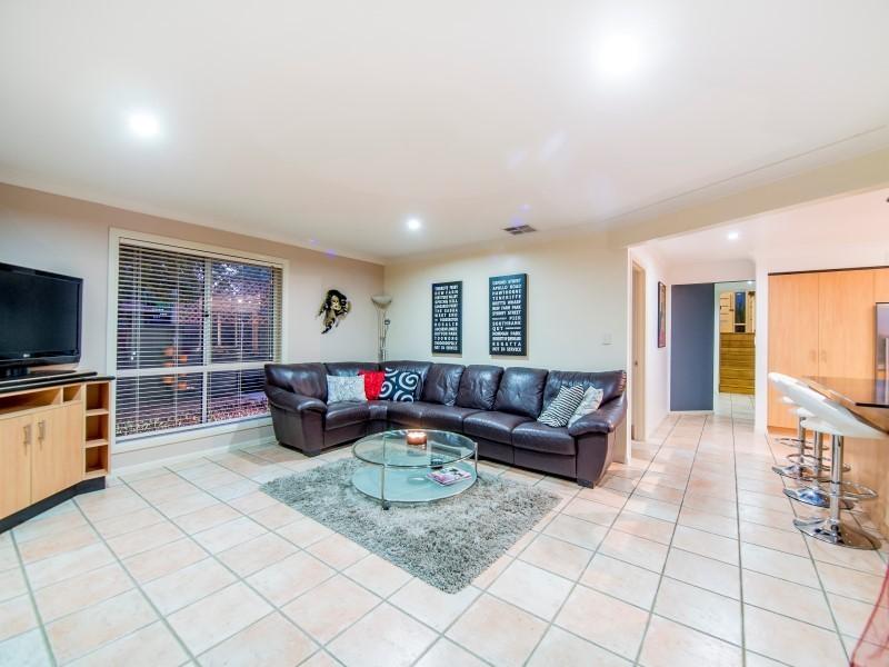 8 Wivenhoe Avenue, Albany Creek QLD 4035