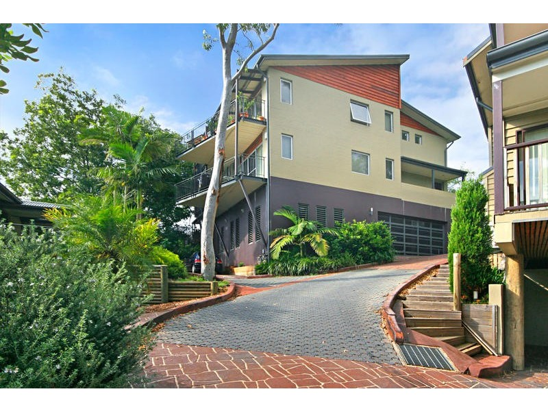 2/188 Gertrude Street, North Gosford NSW 2250