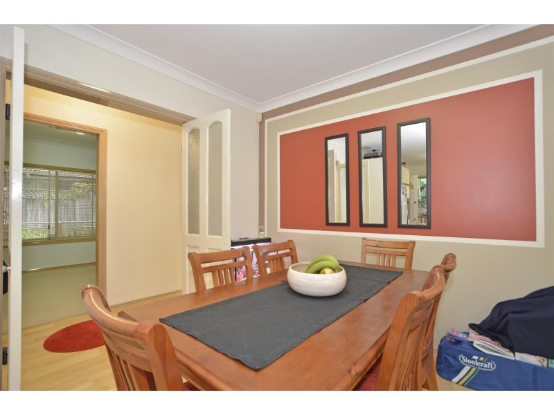 1and2/11 Childs Close, Green Point NSW 2251