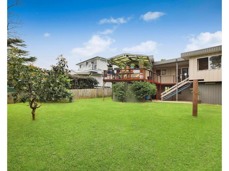 20 Lakewood Avenue, Green Point NSW 2251