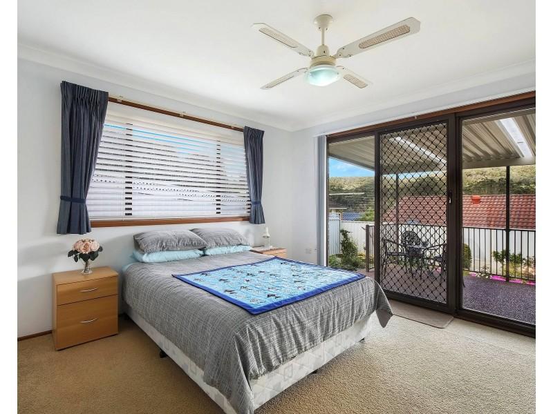 6 Lamont Close, Green Point NSW 2251