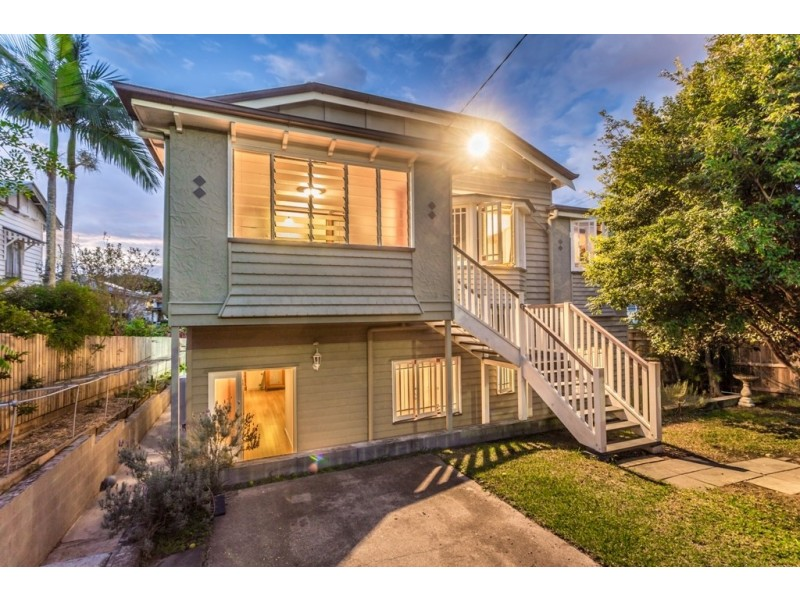 11 Prince Street, Grange QLD 4051