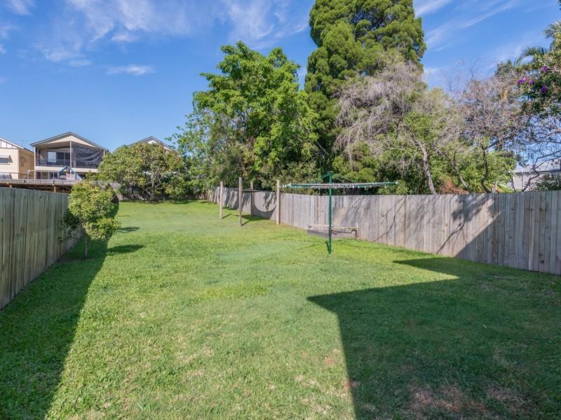 14 Myrtle Street, Grange QLD 4051