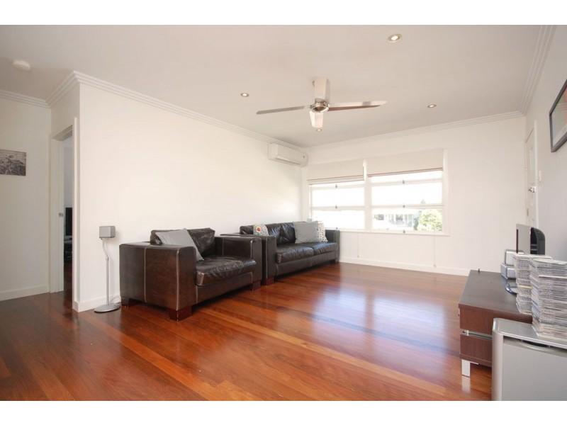 19 Basnett Street, Chermside West QLD 4032
