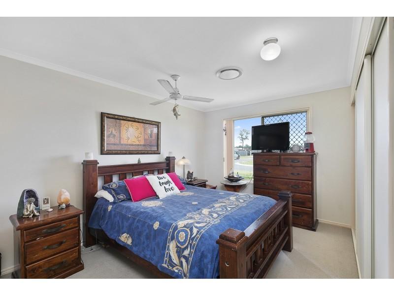 34 Archer Drive, Point Vernon QLD 4655