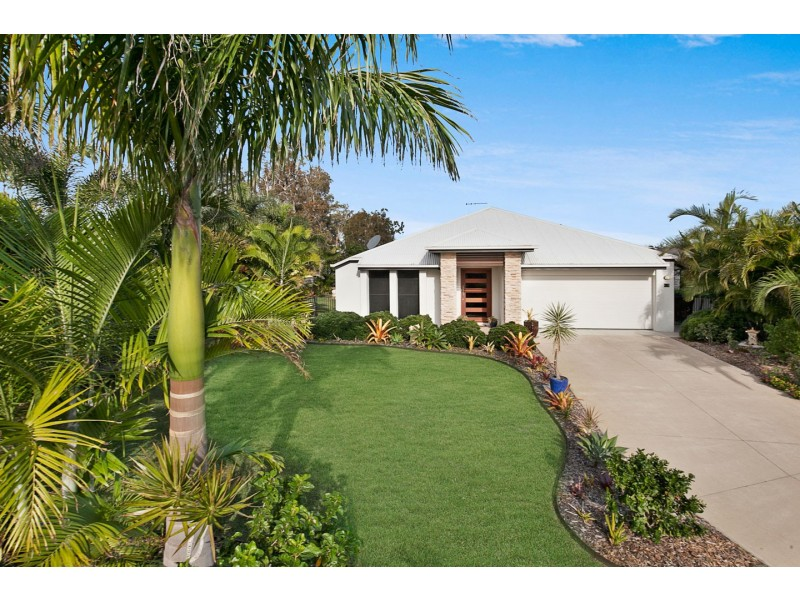 5 Cockle Court, Burrum Heads QLD 4659