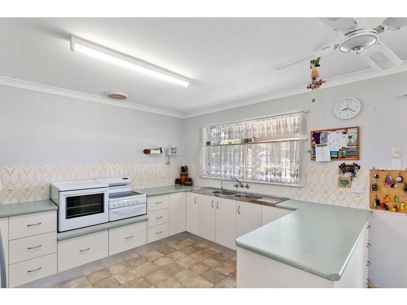 10 Boronia Street, Burrum Heads QLD 4659