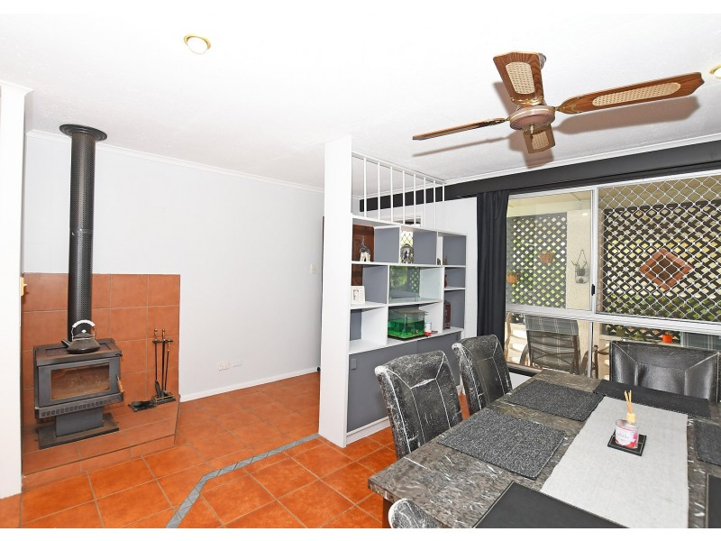 59 Glenray St, Urangan QLD 4655