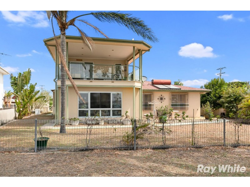 72 Riverview Drive, Burrum Heads QLD 4659